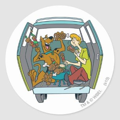 Scooby-Doo & Shaggy In Mystery Machine Classic Round Sticker